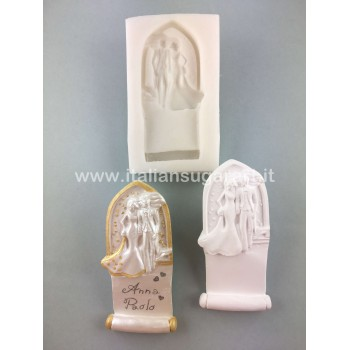 Placehoder mould groom and bride