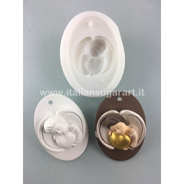 Oval with angel heart Mould
