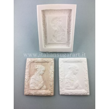 mold for ceramic powder madonnina