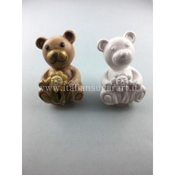 Three-dimensional teddy bear mold
