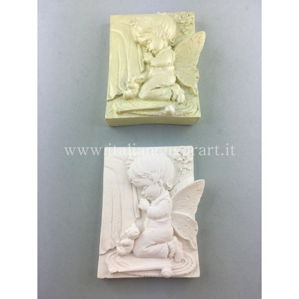 Mold for fairies and elves